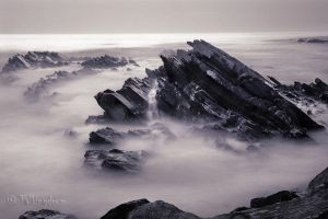 Azenhas Do Mar by Talkingdrum
