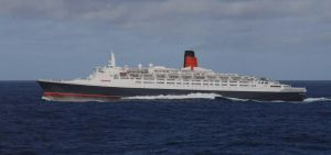 QE2 Running for her life by 121199