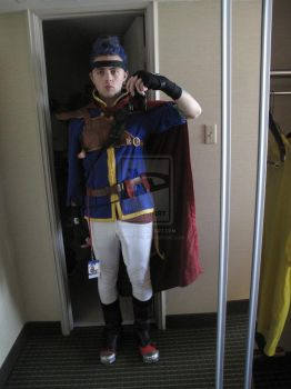 My ( Fire Emblem ) Ike Cosplay by Ayyyron