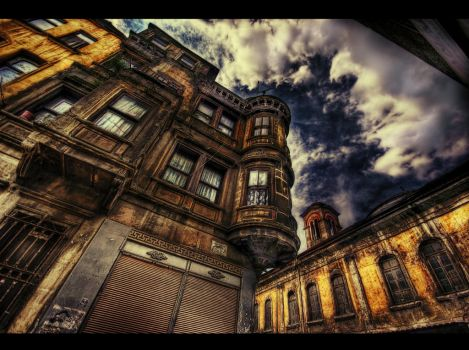 Chasing Blue Sky HDR by ISIK5