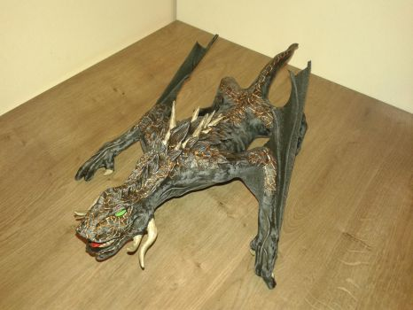 Game of Thrones Drogon sculpture 02 by TKnockers