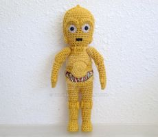 C-3PO Front by telshira