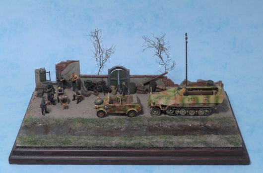 SdKFz 251 and Kubelwagen 1:72 by Low688