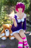 Annie cosplay by ZOMBIEBITME