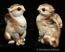 Barn owl griffin chicks by Reptangle
