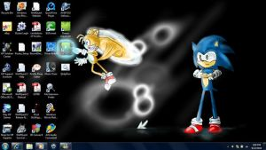Sonic and Tails on my Desktop by Beccawolf16