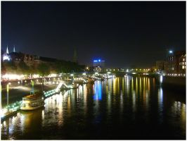 Night view by eschlehahn