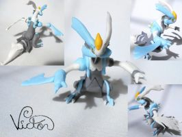 646 Kyurem White by VictorCustomizer