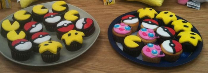 cupcakes by whit-whit