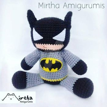 Batman Amigurumi by MirthaAmigurumis