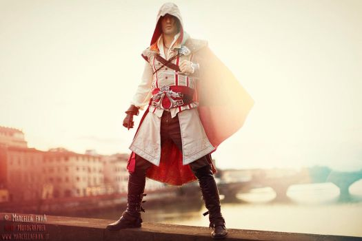 Ezio Auditore Cosplay  Assassin's Creed Leon Chiro by LeonChiroCosplayArt