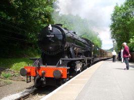 KWVR Spring: Oxenhope Bound 8F by CJSutcliffe